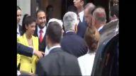 2- Başbakan Erdoğan, Paris'te Genç Çiftin 'nişan Yüzüğü' Ricasını Kırmadı