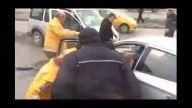 İki otomobilin çarpışması sonucu 3 kişi yaralandı - KARABÜK
