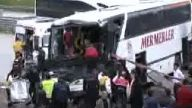 2 otobüs ve tanker çarpıştı