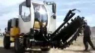 makina diesel kanal kazıcı