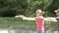 Kadınlar ve silahlar