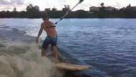 Sörf tahtası alacak parası olmayınca