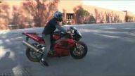 Motosiklete öyle bir gaz verdi ki