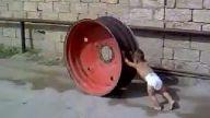 Dünyanın en güçlü çocuğu