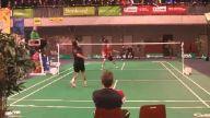 Badminton karşılaşmasında inanılmaz blok atışı