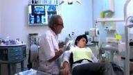 Kahkahaya boğan Hasta Doktor ilişkileri