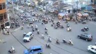 Dünyanın en kalabalık caddelerinden biri