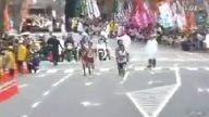 Maraton yarışında yanlış yola sapan atlet