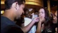 Genç kızın dişini çeken sihirbaz şok ett