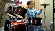 3 yasında Drummer çalan japon