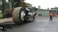 13 Tonluk Dev Motorsiklet