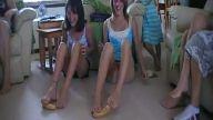 bu kızlar çıldırmış!