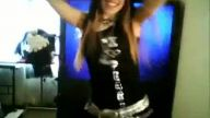Çılgın Kızın Dans Şovu :))