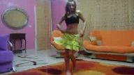 bu kız harika dans ediyor 3
