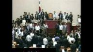 Kore Bayan Vekiller mecliste Kavga etti