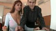 İnternet Cafede Göğüs Şakası:D