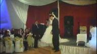 Gelin ve Damat Düğünde Coştular:D