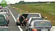 trafik kavgasında çıldıran kadın