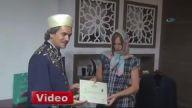 Tatile Gelip Müslüman Olmak