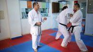 Karatede elle vuruş teknikleri nelerdir?