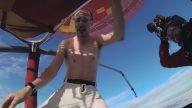Paraşütü Olmadan Sıcak Hava Balonundan Atlayan Adam