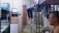 Ranzadan İnmeye Çalışan Sarhoş Rus