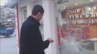 Putin'e Meydan Okuyan Esnafın Geri Vitesi