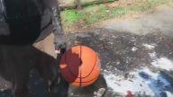 Ağır Çekimde Basketbol Topunun Patlama Anı