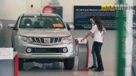 Profesyonel Sürücü Kadından Araba Satın Almak İsteyenlere Dirft Şakası