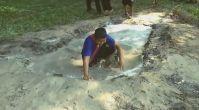 Tam Tuttum Derken Su Birikintisine Düştü