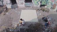 Yıkılan Binaları Yaptığı Zemin Desenleriyle Canlandıran Sanatçı