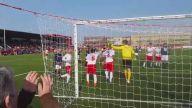 Van Der Sar 5 Yıl Sonra Kaleye Geçti ve Penaltı Kurtardı