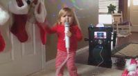 Diamond-Blackfan Anemisi Minik Audrey'den 'Mükemmel' Karaoke Performansı