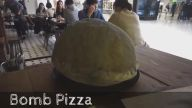 Daha Önce Böyle Bir Pizza Yapımı Görmediğinize Eminiz
