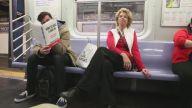 Metroda Müstehcen Kitap Okuma Deneyine Tepkiler