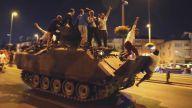 Antalyalı Şair Veli Tez-15 TEMMUZ 2016 DARBESİ (MUTLAKA İZLEYİN)