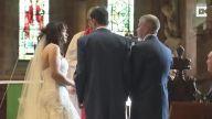 Nikah Törenine Heyecan Katmak İsteyen Adamdan İlginç Şaka