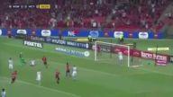 Alay Konusu Olan Türk Futbolcu