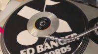Bir Tarafı CD Bir Tarafı Plak