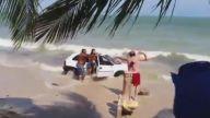 Plajda Araba Kullanmak ve Sonucu