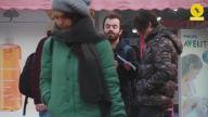 Sokaktaki İnsanları Çevirip Tiyatro Provası Yapmak