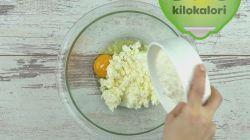 Peynirli Kabaran Hamur Kızartması tarifi