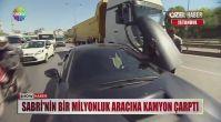 Galatasaraylı Sabri Sarıoğlu kaza geçirdi!