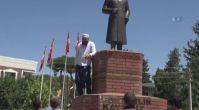 Atatürk büstüne saldıran şahıs gözaltına alındı