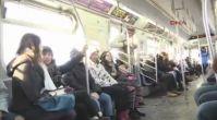 New York'ta 'Pantolonsuz Metro Yolculuğu' etkinliği