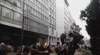 Yunanistan'da göstericiler bakanlığı işgal etti