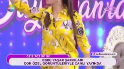 Ebru Yaşar'ın kıyafeti alay konusu oldu!
