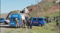 Göçmenleri taşıyan kamyon devrildi! Ölü ve yaralılar var