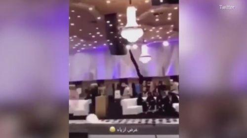 'Yok artık' dedirten görüntüler! Suudi Arabistan'da manken yerine drone kullanıldı