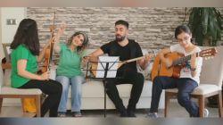 Demirtaş'ın bestesini kızları çaldı